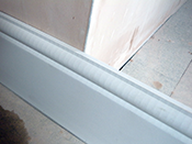 Marking the position of the skirting