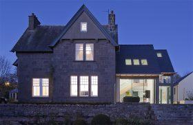 Build It awards contemporary bungalow renovation
