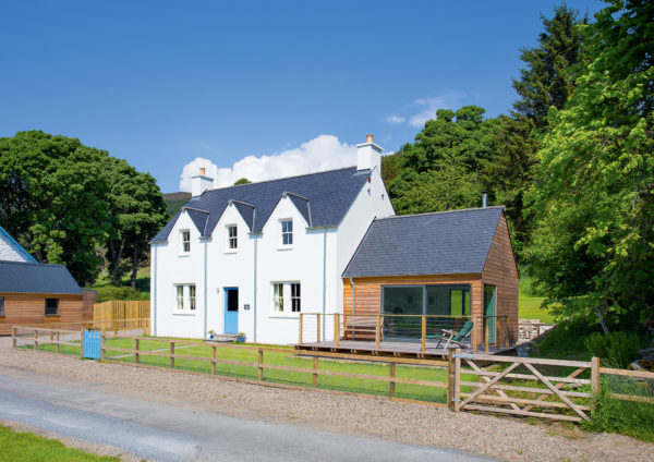 Traditional Scottish farmhouse built with SIPs