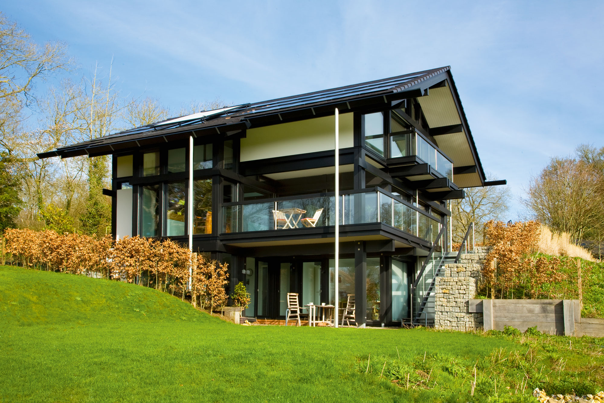 Triple glazing windows and 10kW solar electric panels mean the property is has zero utility bills