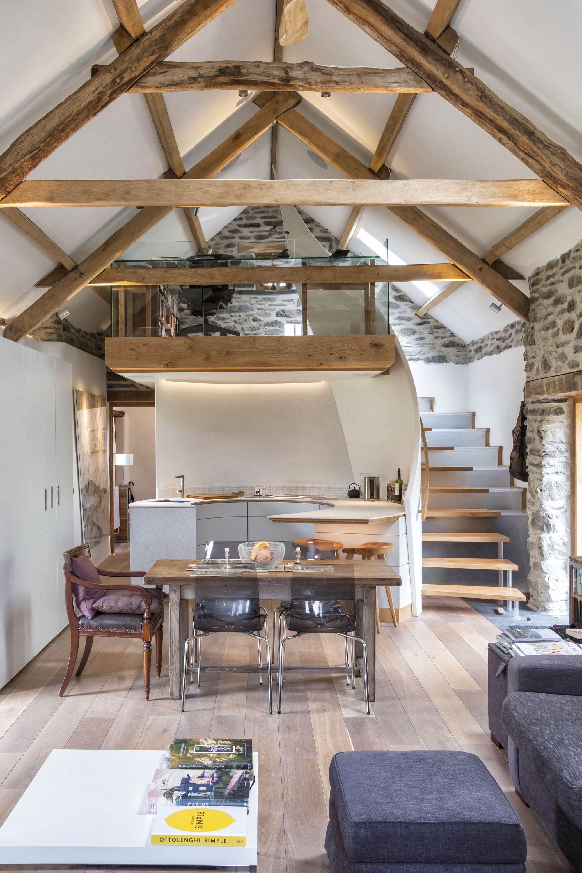 Open plan exposed beam living room