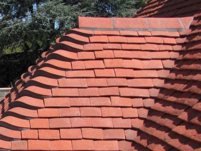 Roof with tiles